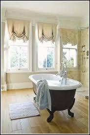 Small Bathroom Curtain Ideas - Bathroom curtains designs