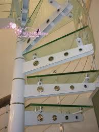 treppe zum dachboden glas treppe wendeltreppe spalte treppe kiel beleuchtete dachboden