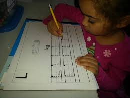 how to teach a toddler handwriting easily youtube