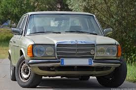 mercedes 230e a drive in a 1981 mercedes 230e w123 ran