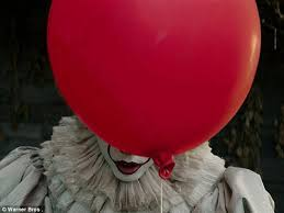 clown balloon l new images of pennywise from stephen king s it released daily