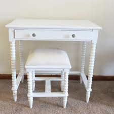 Small White Desk With Drawers by Rectangle Small White Vanity Desk Decorated With Whorl Pattern Leg
