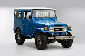 toyota home this 1978 toyota fj40 land cruiser looks perfectly at home in 2016