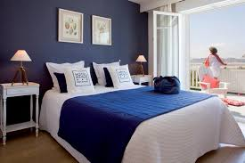 chambre bleu marine captivating chambre bleu marine et blanche d coration rideaux with