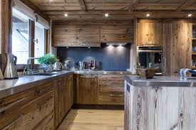 cuisine montagne cuisine chalet plus décoration chalet rénovation
