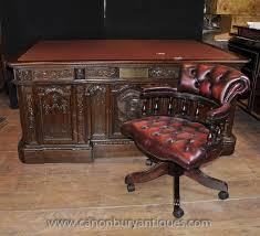 Presidential Desks The 25 Best Resolute Desk Ideas On Pinterest Barack Obama