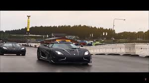 koenigsegg christmas koenigsegg owners organize biggest get together ever