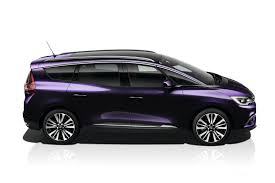 renault scenic family graced with high end initiale paris versions