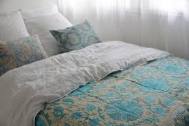plaid turquoise pour canapé jeté de lit ou plaid pour canapé suzani ouzbekistan ethnique chic