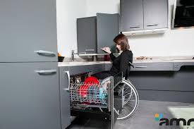 lave vaisselle en hauteur cuisine electroménager adapté aux personnes handicapées pmr et seniors