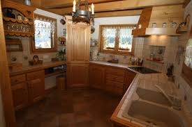 cuisine bois rustique menuiserie bottollier philippe à cordon en haute savoie 74 pose de