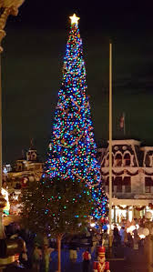 368 best disney christmas images on pinterest disney christmas