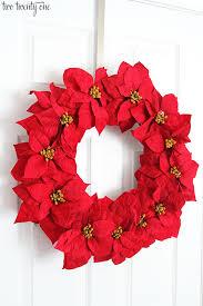 15 poinsettia wreath