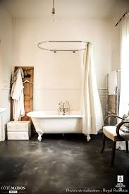 Vintage Bathroom Decor by