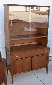 Broyhill China Cabinet Vintage The Broyhill Saga