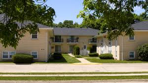 3 bedroom apartments in iowa city apartments for rent on mason city iowa s east side by american realty