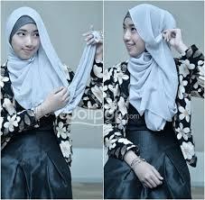 tutorial hijab noura tutorial hijab aksen ruffle untuk ke acara formal 6