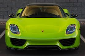 gold porsche 918 pearl acid green porsche 918 autos