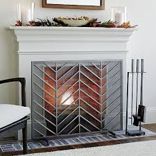 Sparks Fireplace - 10 fireplace screens that prevent sparks from flying fireplace