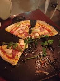 suce dans la cuisine sweetcorn chicken bacon mozzarella bbq suce and lime pizza