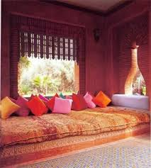 la chambre marocain le canapé marocain qui va bien avec votre salon archzine fr