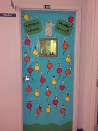 dr seuss door decorating using funny and interesting dr seuss