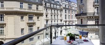 l u0027hotel du collectionneur arc de triomphe paris a gate