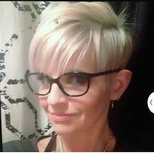 Kurzhaarfrisuren Und Brille by 59 Besten Frisuren Mit Brille Bilder Auf Brille