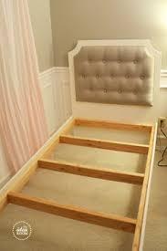 Diy Quilted Headboard by Diy Upholstered Bed Frame Furniture Plans King Size Upholstered