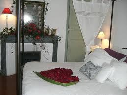 chambre coquine demande en mariage romantique dans la chambre coquine photo de