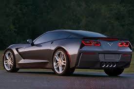 corvette 460 horsepower 30mpg how gm u0027s corvette engineers pulled off the