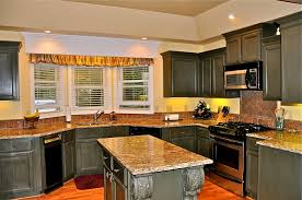 Ideas For Galley Kitchen Makeover by Gallery Of Adorable Country Kitchen Decorating Ideas With