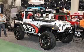jeep suv 2011 jeep wrangler named hottest 4x4 suv at 2012 sema show photo