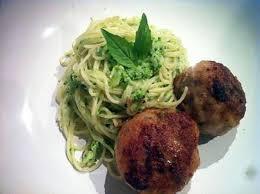 cuisine sicilienne recette recette de spaghettis au brocoli avec ses boulettes siciliennes