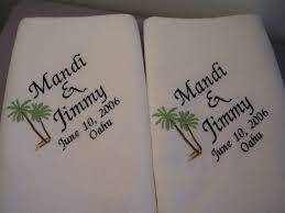 wedding gift towels personalized wedding bath towels 2 for and groom
