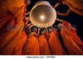 luck lanterns releasing sky lanterns kongming lantern during lantern