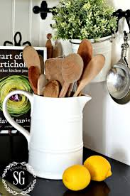 Organizing Kitchen Cabinets Best 25 Measuring Cup Storage Ideas On Pinterest Kitchen