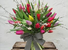 how to send flowers to someone send flowers to someone awesome valentines day bouquets for