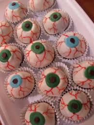 sunday treats eeewwww eyeball truffles
