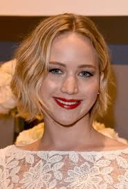 short hairstyles with center part and bangs cool short hairstyles with highlight for thick wavy hair in everyday