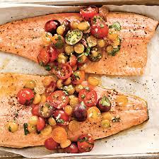 cuisiner truite au four filets de truite et salsa aux tomates et aux cerises de terre