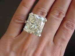 large diamond rings images 230 best million dollar rings images beautiful jpg