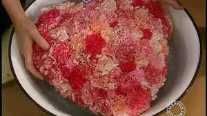 video heart carnation arrangement for valentine u0027s day martha