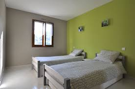 chambre gris vert deco chambre vert great d coration chambre vert amande exemples d