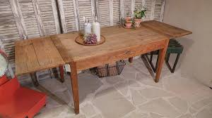table de cuisine ancienne table ancienne repeinte stunning table toilette with table ancienne