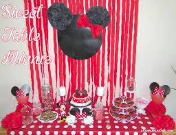 deco de table pour anniversaire un anniversaire minnie la décoration de la sweet table de