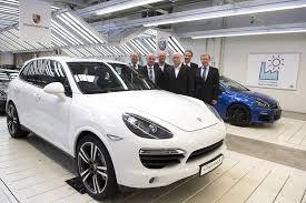 Porsche Cayenne Years - vw to build facelifted porsche cayenne suvs at osnabrück plant