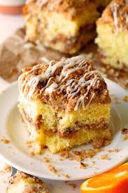 crumb cinnamon roll coffee cake