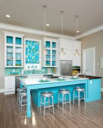 Tasty Turquoise Kitchens Dans Le Lakehouse - Turquoise kitchen cabinets