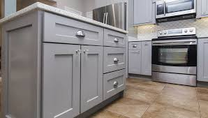 how to build shaker style kitchen cabinets 7 reasons that make shaker kitchen cabinets a remodeling